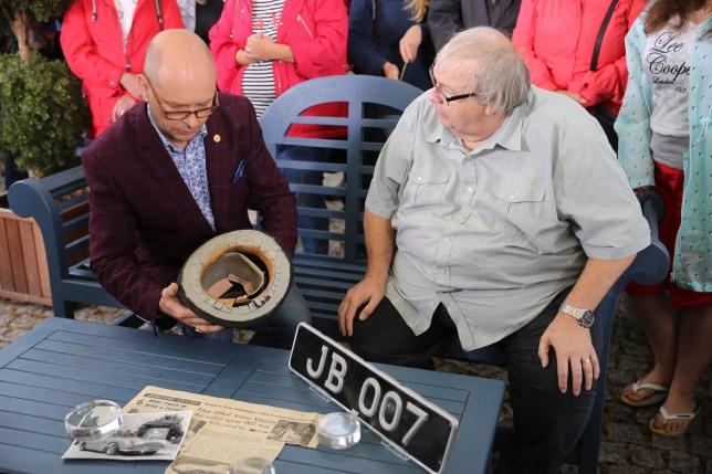 James Bond valuation on Antiques Roadshow