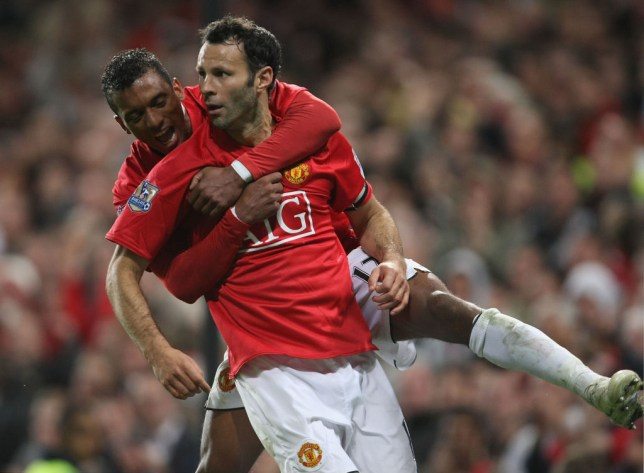 Ryan Giggs and Nani celebrate a Manchester United goal