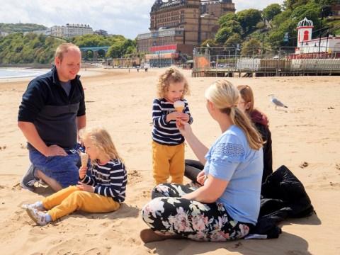 People warned to keep social distancing despite sunny weekend ahead