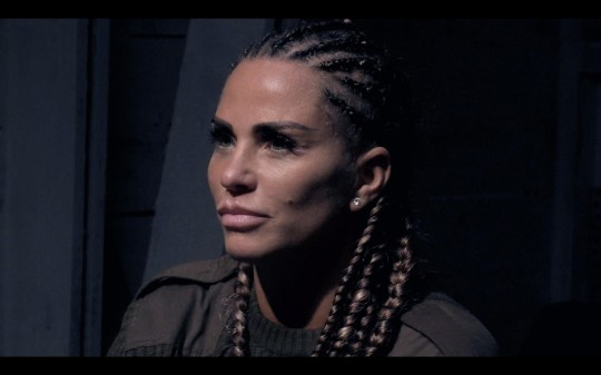 SAS who dares wins - Katie Price quits