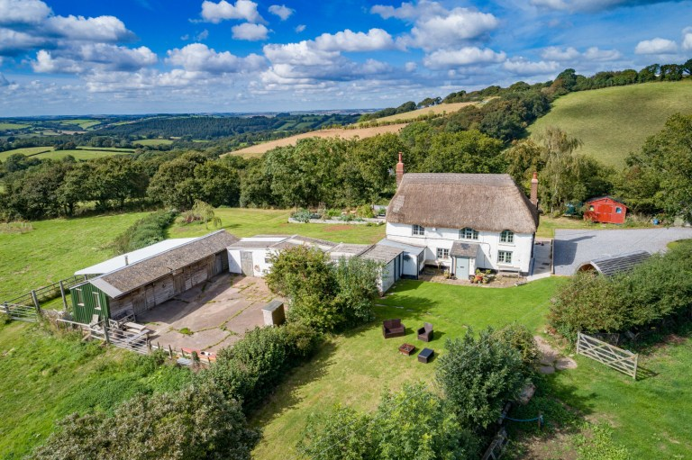 Top 10 most virtually viewed properties in lockdown Chants Cottage