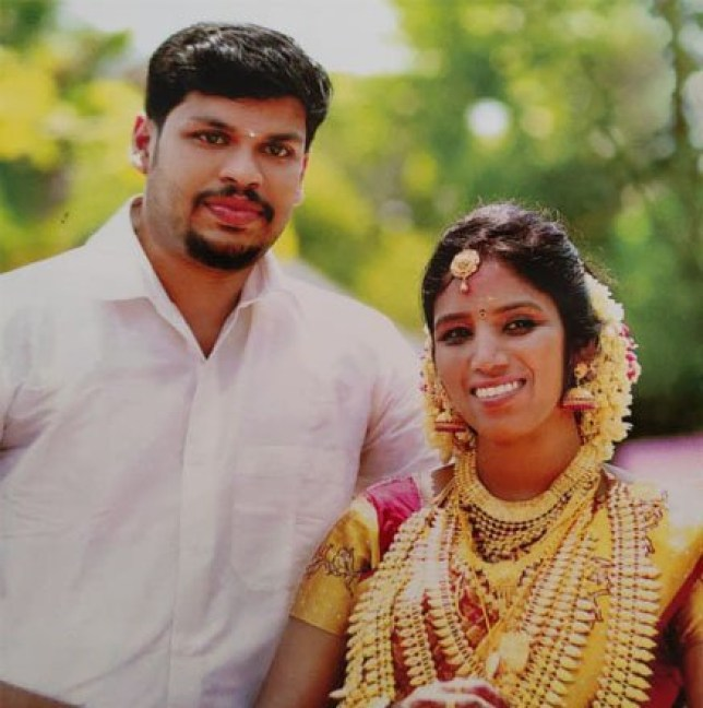 Sooraj had bought the snakes from Suresh, a snake-catcher from Kalluvathukkal. to kill wife uthra from kerala