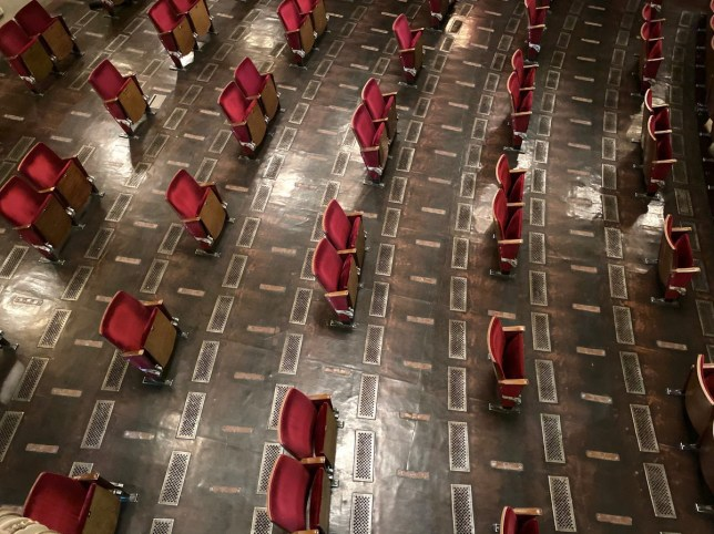 German theatre reveals seating