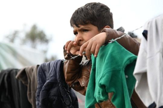Un enfant dans le camp de réfugiés de Moria à Lesbos, Grèce