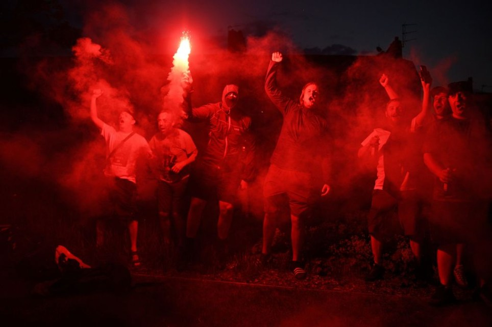 FBL-ENG-PR-LIVERPOOL-VICTORY-FANS