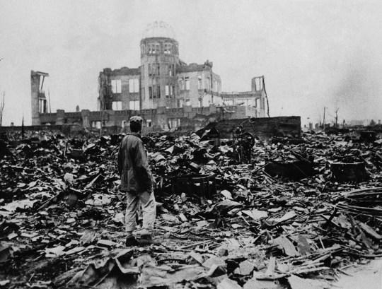 Seconde Guerre mondiale, après l'explosion de la bombe atomique à Hiroshima.