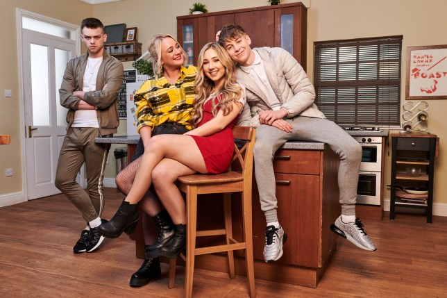 Leela, Sid, Juliet, Peri and Jordan in Hollyoaks
