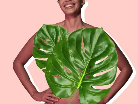 Posing with plants is the coolest way to upgrade your nudes