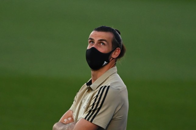Gareth Bale with a face mask on