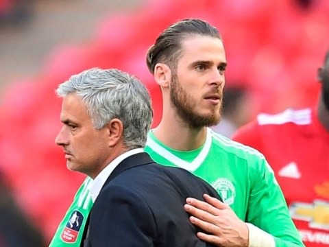 Jose Mourinho disagrees with Ole Gunnar Solskjaer's backing of David De Gea as he feels Dean Henderson is better choice