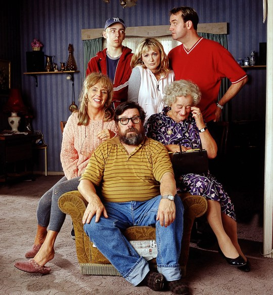 BBC ONE's The Royle Family, clockwise from bottom Jim (RICKY TOMLINSON), Barbara (SUE JOHNSTON), Anthony (RALPH LITTLE), Denise (CAROLINE AHERNE), Dave (CRAIG CASH) and Nana (LIZ SMITH). The Royle Family cleaned up Saturday 18 December 1999 at the British Comedy Awards with four titles, including one for its star and creator Caroline Aherne, who was named best actress. Her colleague Ricky Tomlinson was named best actor and the programme was named top sitcom at the ceremony in London. Makers of TV hit The Royle Family are furious after the BBC today admitted it bungled in entering the wrong episode for a major international competition. The show had been hotly tipped to take a major title at the Rose d'Or festival in Montreux which could have led to lucrative deals around the world for Caroline Aherne's show. But a botch-up led to the wrong - and ineligible - edition of the show being entered for the contest that Granada, which made the show although it is screened on BBC1, felt could have affected the outcome. WARNING: This copyright image may be used only to publicise current BBC programmes or other BBC output. Any other use whatsoever without specific prior approval from the BBC may result in legal action. See PA Story SHOWBIZ Award. PA Photos ...A Caroline Aherne died 2/7/2016