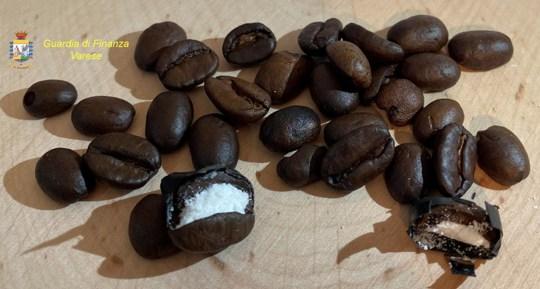 Les grains de café farcis de cocaïne