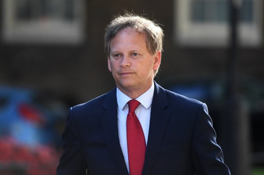 Londres, ANGLETERRE - 21 JUILLET: Le secrétaire aux transports Grant Shapps arrive au Foreign & Commonwealth Office, King Charles Street, Londres, SW1A le 21 juillet 2020 à Londres, en Angleterre.  (Photo par Peter Summers / Getty Images)