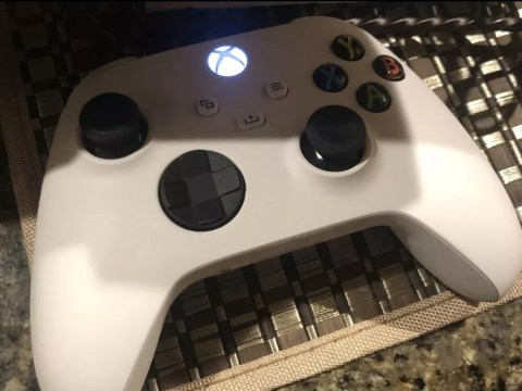 Xbox Lockhart rumours stoked by mysterious white controller