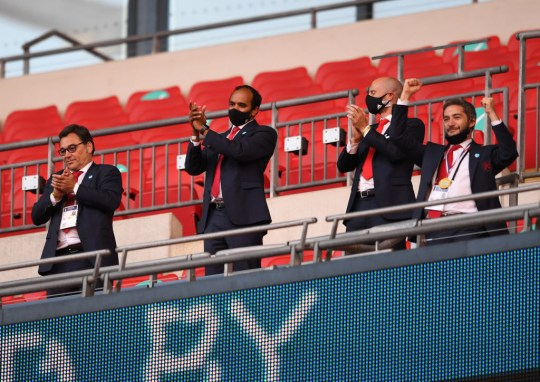 Arsenal squad feel 'betrayed' and will confront board over staff ...