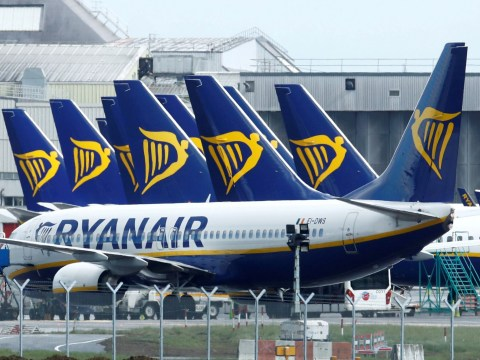 Italy threatens to ban Ryanair for 'breaking coronavirus regulations'