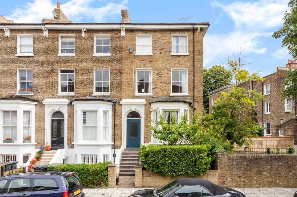 two-bedroom townhouse in denmark hill, south London up for sale through raffle for £2 a ticket