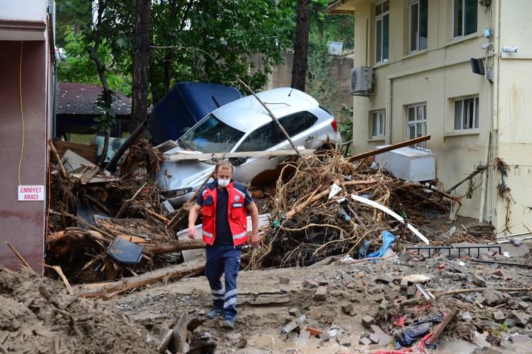 GIRESUN, TURQUIE - 23 AOÛT: Une vue du site endommagé touché par une inondation en raison de fortes pluies dans le district de Dereli à Giresun, en Turquie, le 23 août 2020 (Photo de Gultekin Yetgin / Anadolu Agency via Getty Images)