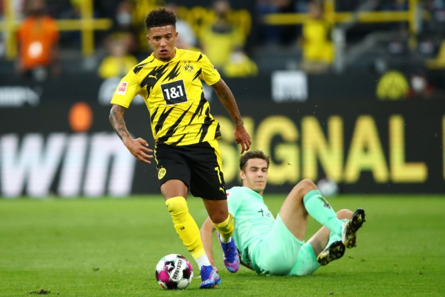 Manchester United transfer target Jadon Sancho runs with the ball during Borussia Dortmund's Bundesliga clash with Borussia Moenchengladbach