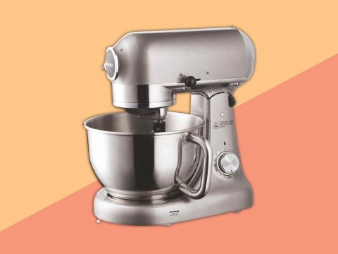 Aldi sells KitchenAid stand mixer dupe for £250 less