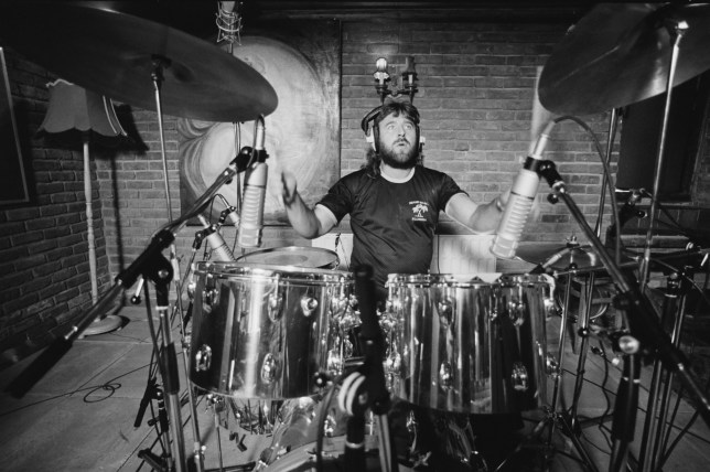 English drummer Lee Kerslake recording Ozzy Osbourne's 'Blizzard of Ozz' album at Ridge Farm Studio, 1980. (Photo by Fin Costello/Redferns/Getty Images)