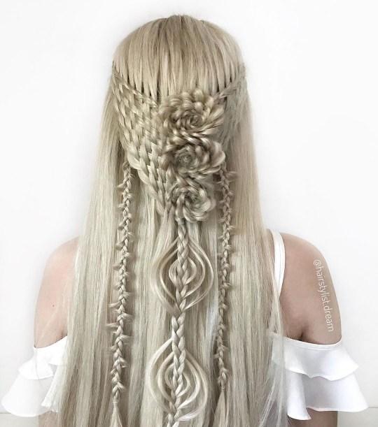 Intriciate hair braids