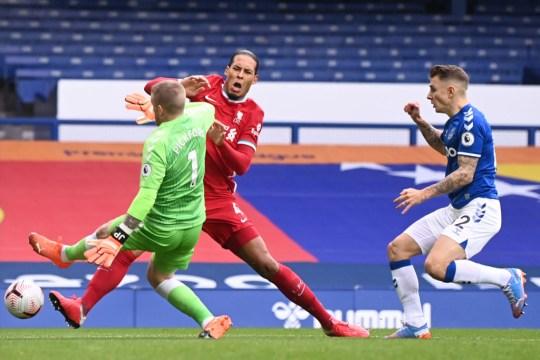 Virgil van Dijk Pickford LIVERPOOL Everton