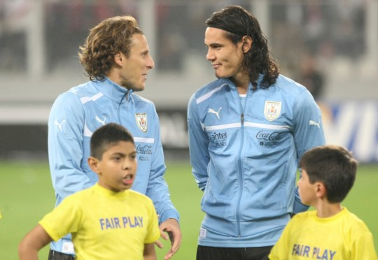 Diego Forlan backs Edinson Cavani to be a success at Manchester United