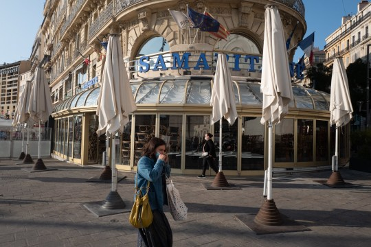 MARSEILLE, FRANCE - SEPTEMBER 30: The restaurant La Samaritaine is seen closed on September 30, 2020 in Marseille, France. The port city of Marseille has ordered all bars and restaurants to close for two weeks as part of local measures to limit the spread of COVID-19. France is considered one of the worst affected countries by the coronavirus pandemic in Europe with 542,639 reported cases and 31,808 deaths. (Photo by Jeremy Suyker/Getty Images)