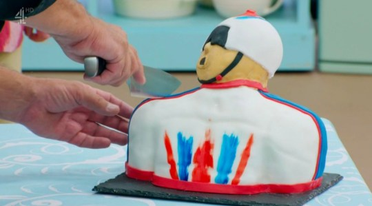 Sir Chris Hoy sent GBBO star a good luck video after cake tribute