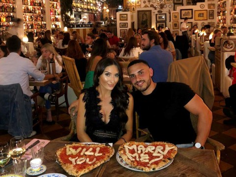 Man proposes to girlfriend by writing 'will you marry me?' on pizza
