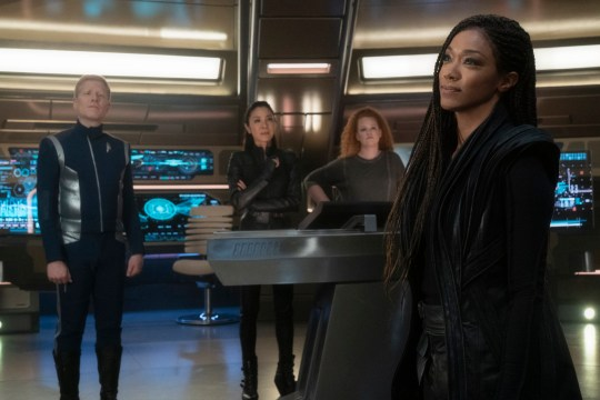 Pictured (l-r): Anthony Rapp as Stamets; Michelle Yeoh as Georgiou; Mary Wiseman as Tilly; Sonequa Martin-Green as Burnham in Star Trek: Discovery