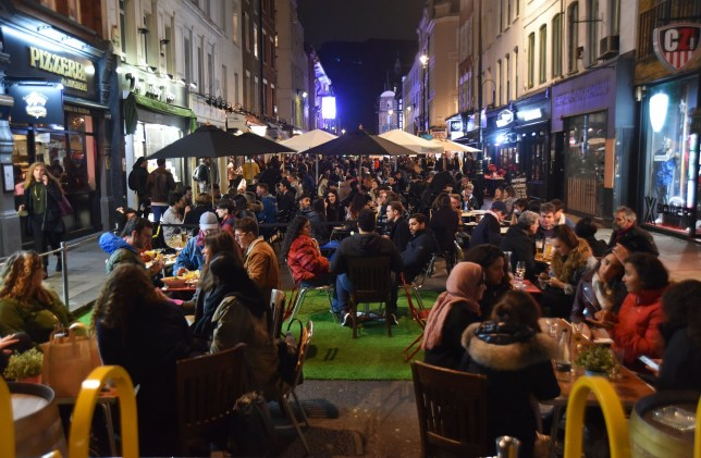 Londoners dining outside in the cold