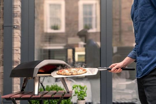 The Ooni Koda pizza oven