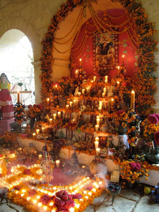 Day of the Dead shrine at Oaxaca