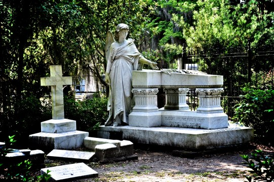 Tomb and statue of an angel, Bonaventure