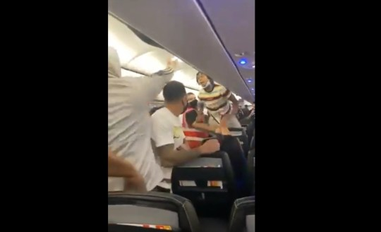 Passenger tasered after refusing to wear mask