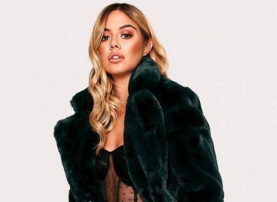 a misspap faux fur coat
