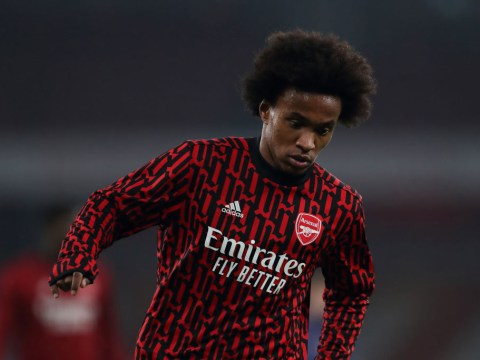 John Barnes defends Willian and claims Arsenal's inconsistency is to blame for his struggles