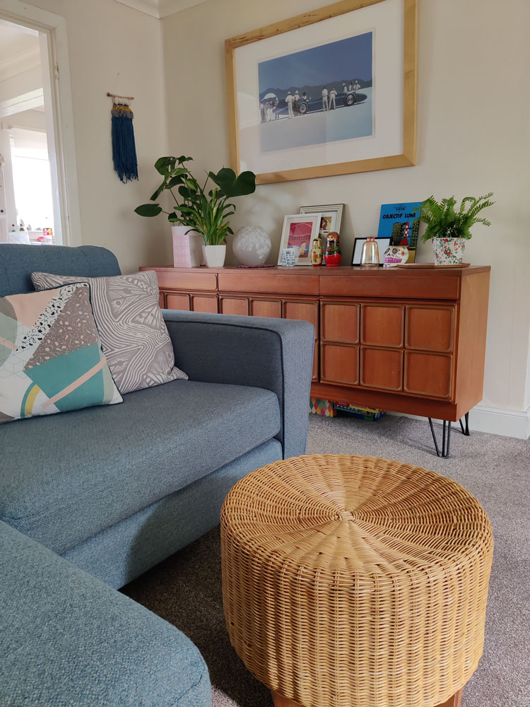 What I Rent: Megan, Falkirk - living room