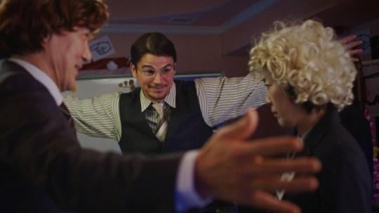 Josh Harnett in Oh Lucy