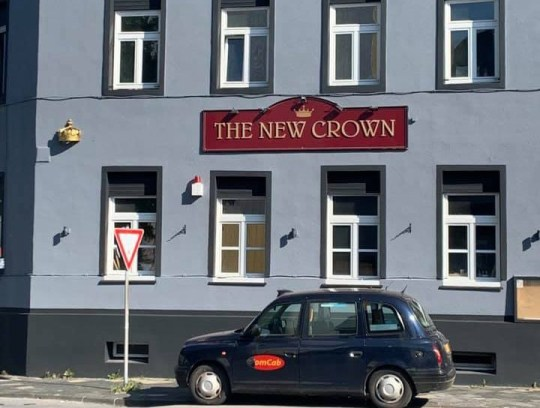 The New Crown pub pics taken without permission from https://www.facebook.com/IserlohnPub