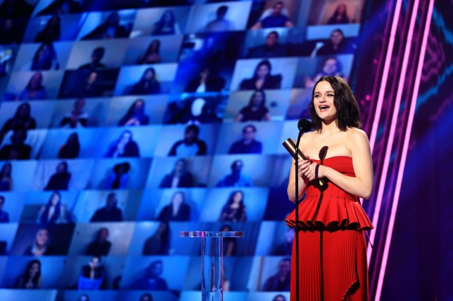 SANTA MONICA, CALIFORNIA - NOVEMBER 15: 2020 E! PEOPLE'S CHOICE AWARDS -- In this image released on November 15, Joey King, The Comedy Movie Star of 2020, accepts the award onstage for the 2020 E! People's Choice Awards held at the Barker Hangar in Santa Monica, California and on broadcast on Sunday, November 15, 2020. (Photo by Christopher Polk/E! Entertainment/NBCU Photo Bank via Getty Images)