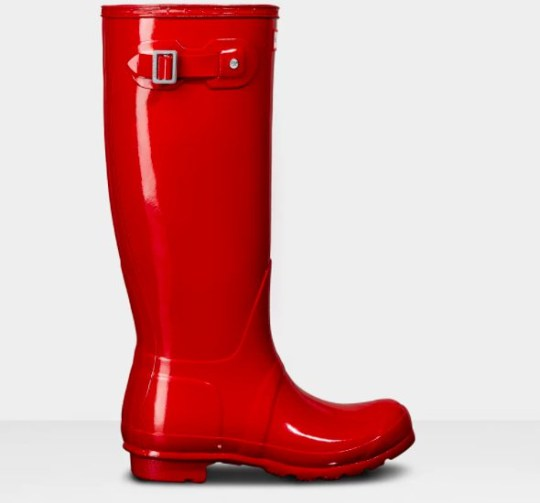 Red patent-look wellies