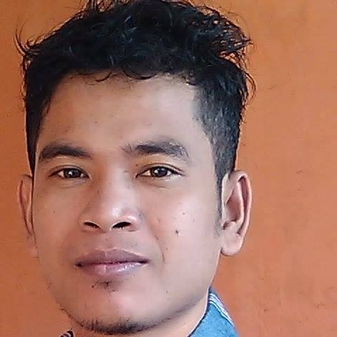 Météorite trouvée en Indonésie 8958151 Josua Hutagalung https://www.facebook.com/josua.d.hutg/posts/3262486800461547