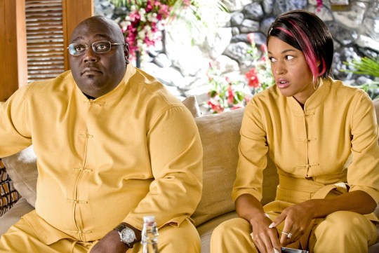 Editorial use only. No book cover usage. Mandatory Credit: Photo by Wild West Picture Show Productions/Kobal/REX/Shutterstock (5885934c) Faizon Love, Kali Hawk Couples Retreat - 2009 Director: Peter Billingsley Wild West Picture Show Productions USA Scene Still Comedy Th?rapie de couples