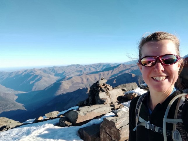 British woman, Esther Dingley takes a selfie before being reported as missing in Pyrenees, in Pico Tuca Salbaguardia, on the border between Spain and France, November 21, 2020 in this picture obtained from social media. Picture taken November 21, 2020. ESTHER & DAN/Facebook via REUTERS THIS IMAGE HAS BEEN SUPPLIED BY A THIRD PARTY. MANDATORY CREDIT. NO RESALES. NO ARCHIVES.