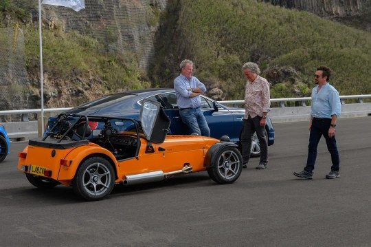 Behind-the-scenes of the grand tour