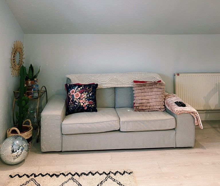 What I Rent: Rosie, Southsea - sofa in the living room
