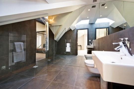 bathroom in chelsea penthouse